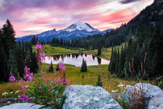 Фото бесплатно Tipsoo Lake, Mount Rainier National Park, закат