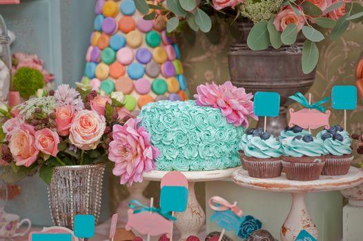 Photo free cake, muffins, blueberries