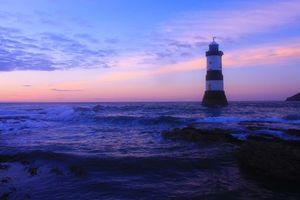 Бесплатные фото Маяк, Англси, Уэльс, волны, Океан, Море, Пурпурный