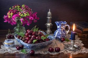 Photo free candle, cherry, flowers