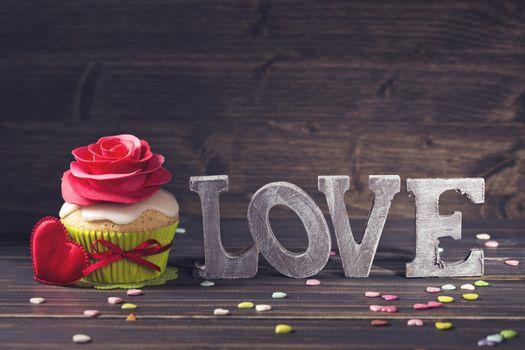 brithday cake, decoration, украшение роза, кекс, сердечко
