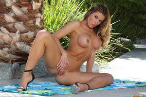 Бесплатные фото Randy Moore,модель,красотка,голая,голая девушка,обнаженная девушка,позы