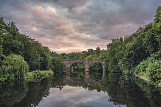 Фото бесплатно Город Дарем, Prebends мост, Деревья