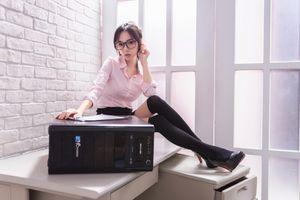 Фото бесплатно молодая женщина, секретари, блузка