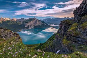 Обои Канада, Верхнее озеро Кананаскис, горы, небо, цветы, природа, пейзаж
