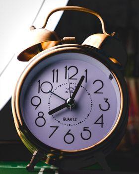 Фото бесплатно часы, будильник, циферблат
