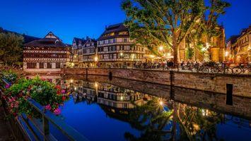 Бесплатные фото Страсбург,Франция,ночь,огни,иллюминация