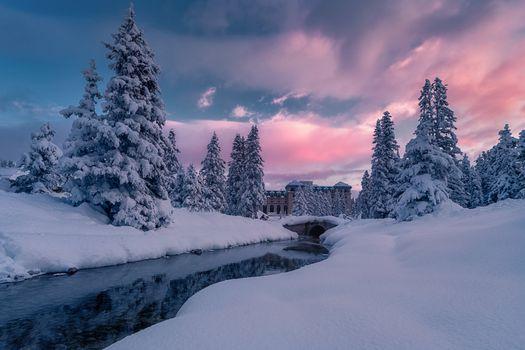 Заставки Луиз Озеро, Замок-Отель, зима