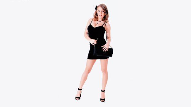 Фото бесплатно альт-байли, черное платье, сумка