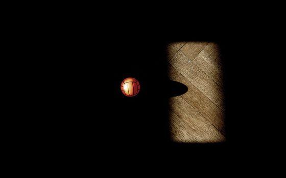 Фото бесплатно черный фон, мяч, волейбол
