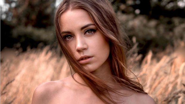 Бесплатные фото ksenia kokoreva,модель,симпатичная,детка,брюнетка,длинные волосы,чувственные губы,лицо,портрет,model,pretty,babe