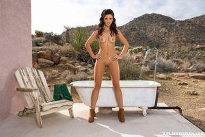 Бесплатные фото Darah Kay,красотка,голая,голая девушка,обнаженная девушка,позы,поза