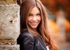 Фото бесплатно модель, каштановый, улыбающийся