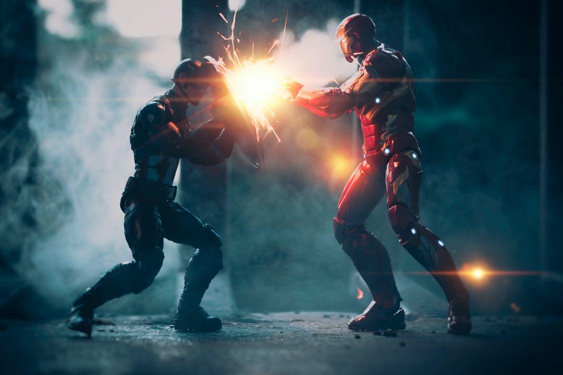 Фото бесплатно Captain America, Iron Man, работа - на рабочий стол