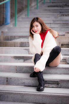 Фото бесплатно девушки, в сапогах, лестницы