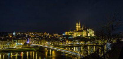 Бесплатные фото Мейсен,Альбрехтсбург,Замок Альбрехтсбург,Германия,Мейсенский Замок Альбрехтсбург,ночь,огни