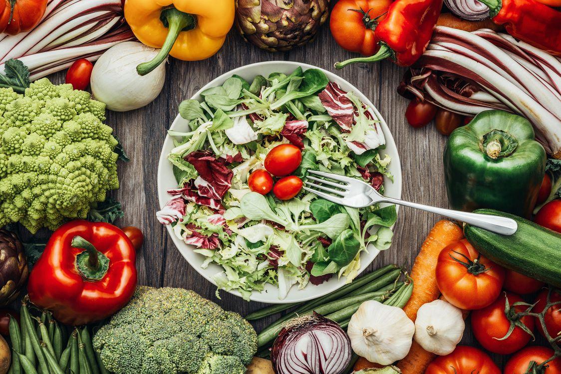 Фото бесплатно продукты питания, овощи, салат, еда