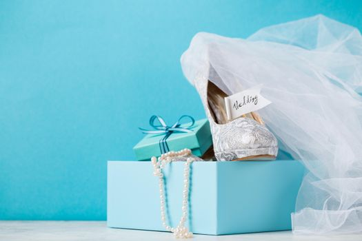 Бесплатные фото свадьба,box,бусы,коробка,подарок,туфли,Blue