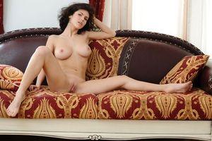 Бесплатные фото Elsa A,модель,красотка,голая,голая девушка,обнаженная девушка,позы