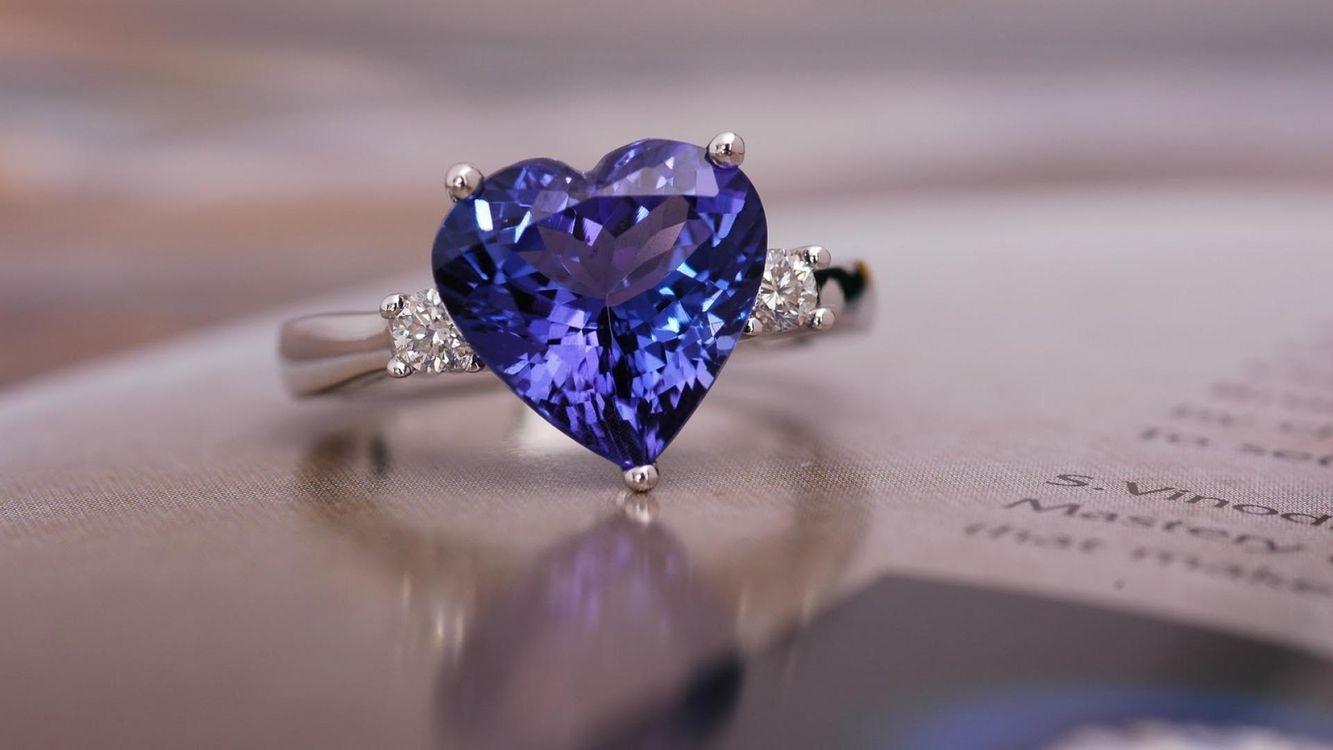 Картинка камень, украшение, кольцо, сапфир на рабочий стол. Скачать фото обои разное