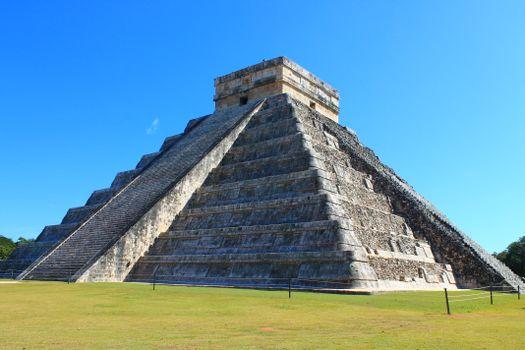 Пирамида Кукулькан (Мексика) Юкатан