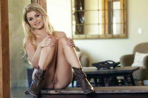 Бесплатные фото Chloe Lynn,красотка,голая,голая девушка,обнаженная девушка,позы,поза