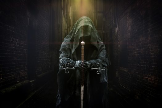 Фото бесплатно тёмный рыцарь, меч, монстр