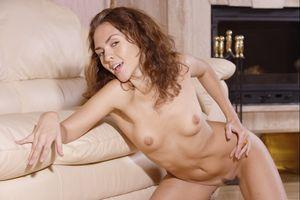 Бесплатные фото Olga G,модель,красотка,голая,голая девушка,обнаженная девушка,позы