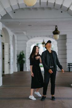 Заставки симпатичная пара, смеющийся, мода