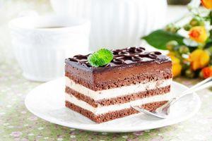 Обои крем, шоколад, десерт, шоколадная глазурь, пирожное, сладкое, бисквит