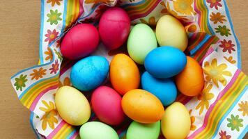Фото бесплатно яйца, еда, цветные яйца