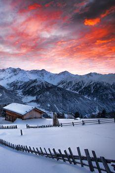 Photo free winter, mountains, dawn