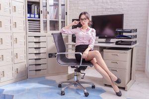 Фото бесплатно девушки, юбка, блузка