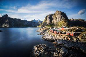Обои Лофотены, Норвегия, Лофотенские острова, острова, горы, скалы, домики, водоем, небо, пейзаж, природа, вид