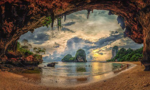 Заставки Krabi, Thailand, Beach cave sunset, Краби, Таиланд, Закат на пляже, море, океан, пляж, скалы, закат солнца, берег