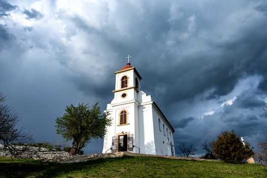 Photo free cities, church, clouds