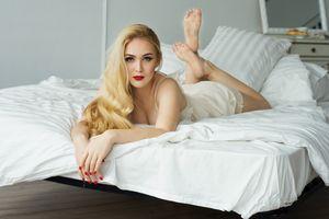 Фото бесплатно Елена Давыдова, лицо, нижнее белье