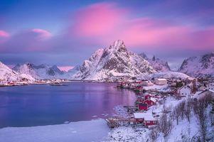 Обои Норвегия, Лофотенские острова, острова, зима, снег, горы, скалы, домики, водоем, небо, пейзаж, природа