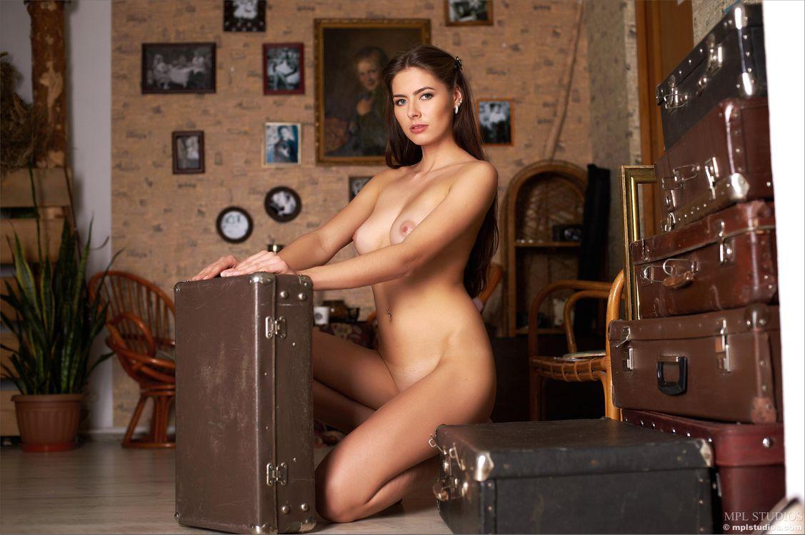 Фото бесплатно Arianna, красотка, голая - на рабочий стол