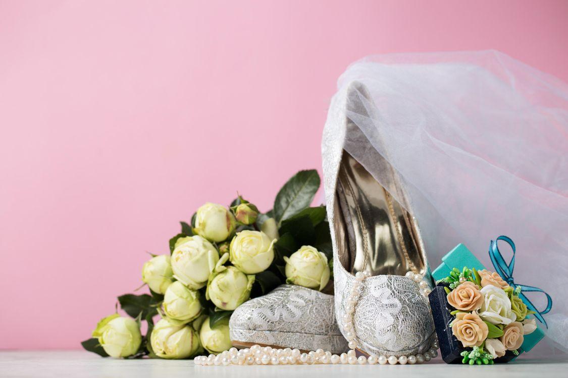 Фото бесплатно свадьба, подарки, бусы - на рабочий стол