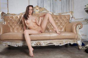 Бесплатные фото Vicky Masone,модель,красотка,голая,голая девушка,обнаженная девушка,позы