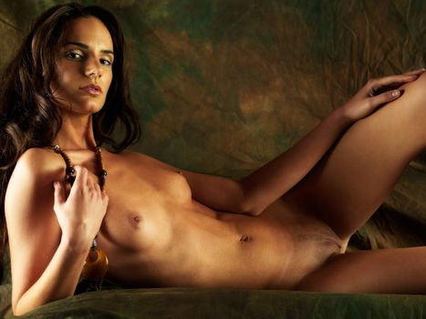Фото бесплатно Позирует, Ребекка, обнаженная девушка