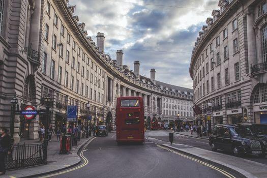 Photo free transport, Britain, metropolis