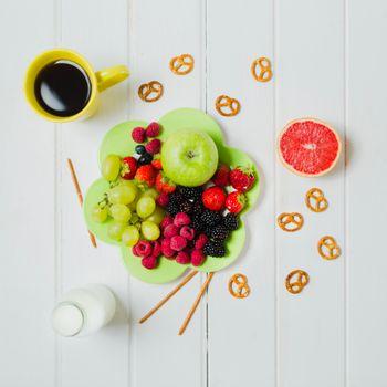 Photo free fruits, berries, coffee