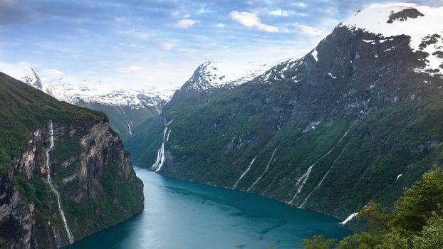 Заставки рек Норвегия, горы, снег