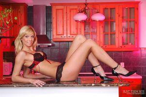 Фото бесплатно Marcy, Alanis, Allanis, Barbara, Kelly B, Marcella, Meira, модель, красотка, позы, поза, сексуальная девушка