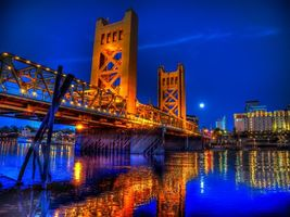 Фото бесплатно Вечер Тауэрского моста, Сакраменто, Калифорния
