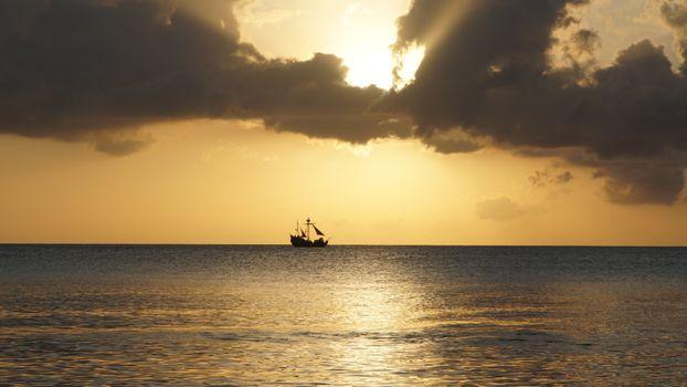 Photo free clouds, sailing vessel, horizon