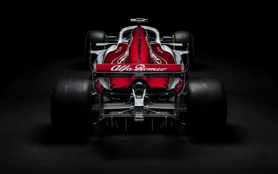 Photo free view from behind, Sauber C37, racing cars