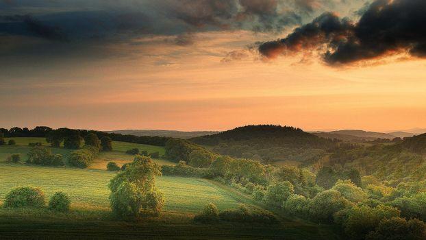 Фото бесплатно закат, поле, холмы